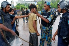 Bangladesh_Wage_Protests_DEL125_646060801082010.jpg